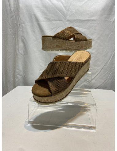 Chaussure ACAMAS